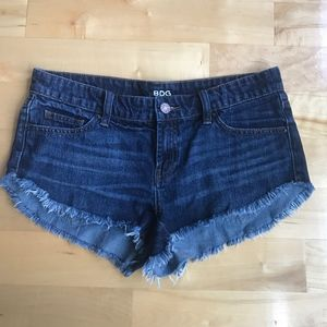 UO BDG Low Rise Dolphin Cut Off Denim Jean Shorts